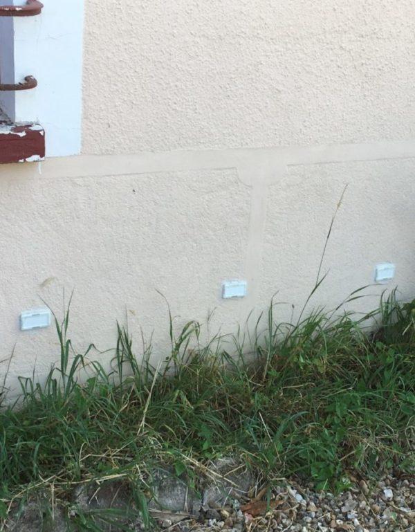 Assécheur-extérieur-mur-en-crépi