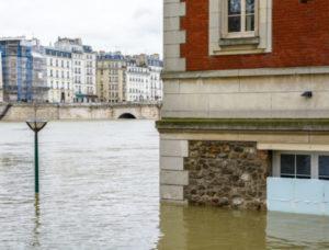 rue-inondée-a-Paris