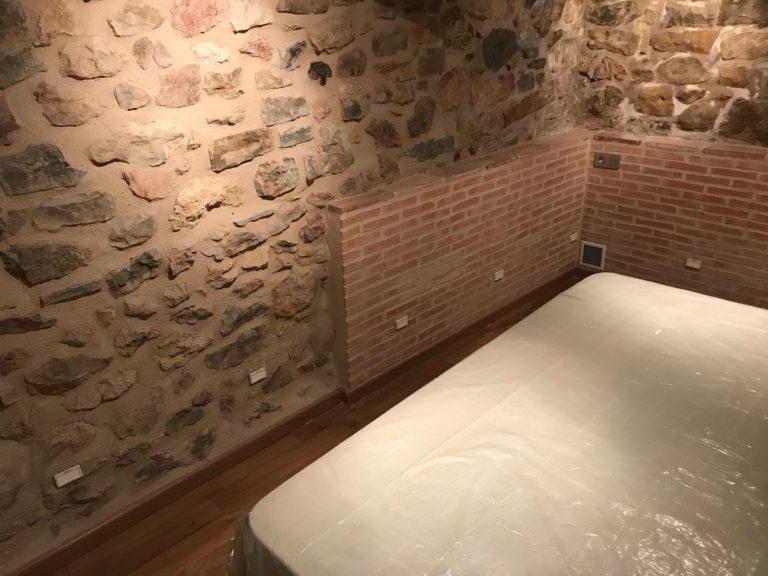 chambre-en-cave-humide