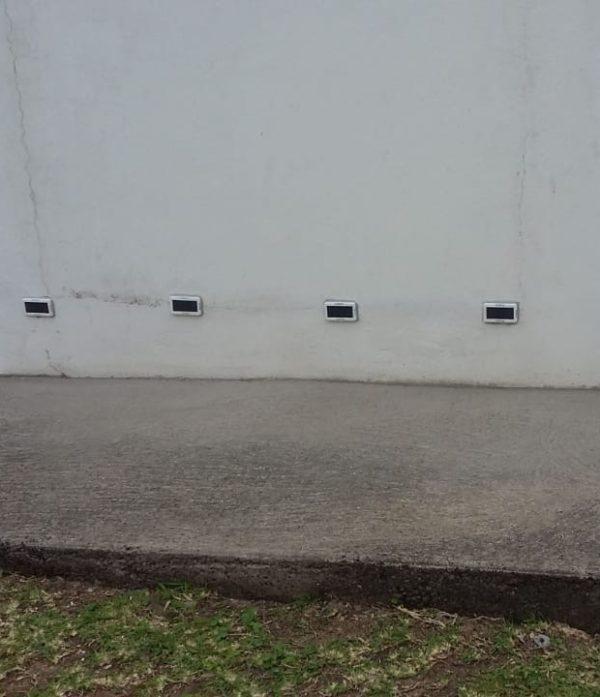 Pose assécheur solaire pied de mur